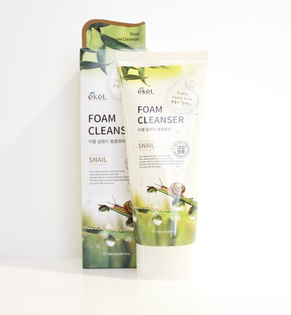 Пенка для умывания с муцином улитки - Ekel Snail Foam Cleanser