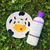 Увлажняющая и осветляющая эмульсия с экстрактом молока FarmStay